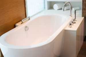 5 Tips for How to Unclog a Bathtub Drain
